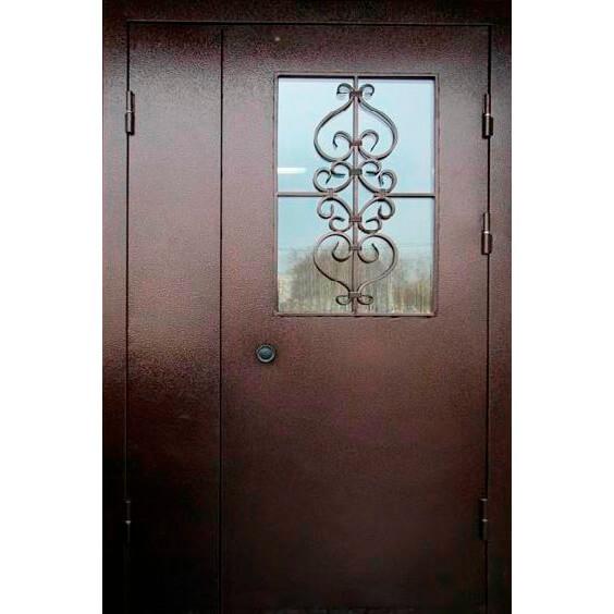 металлическая дверь в подъезд с армированным стеклом (внутри)